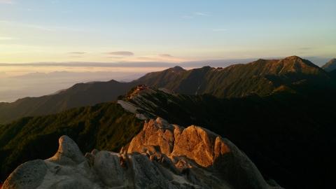 31燕岳の朝