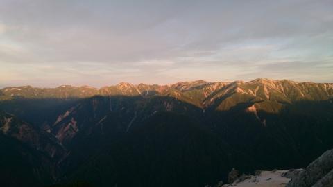 33燕岳の朝