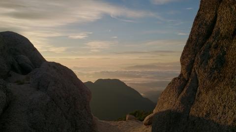 35燕岳の朝