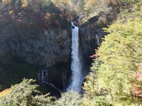 15華厳の滝