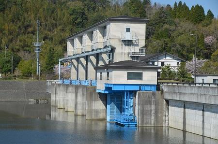 20140407高滝ダム02