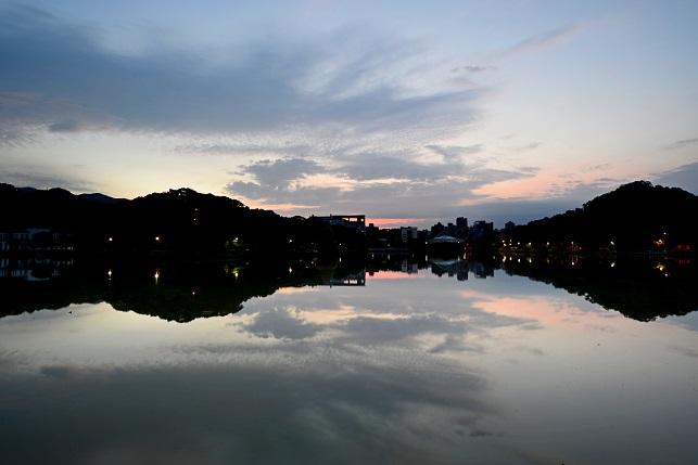 穏やかな夜明け(1)