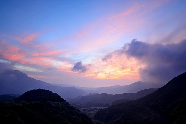 夏山の夜明け(3)