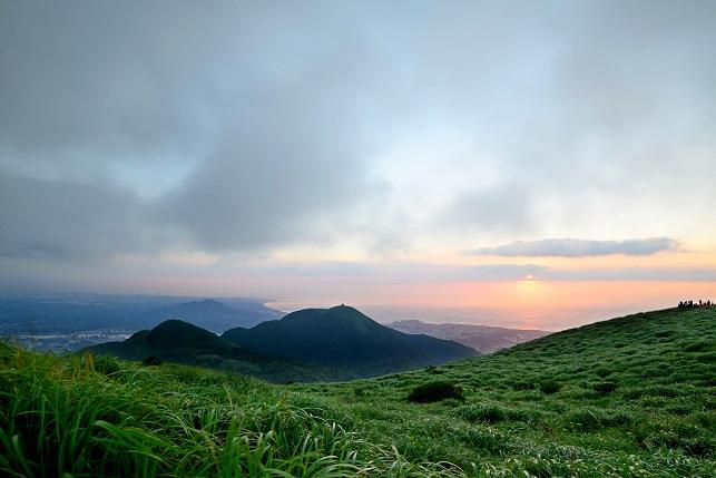 霧むせぶ山(2)