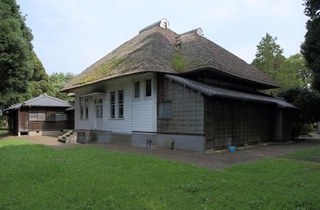 2011-10-08 華3676