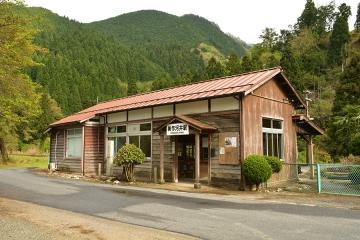 美作河井駅(3)