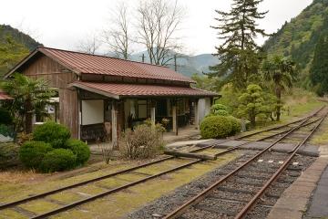 美作河井駅(4)