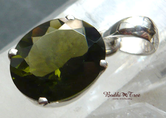 Bodhitree-菩提樹 モルダバイト ペンダント-a 天然石 パワーストーン シルバー92545