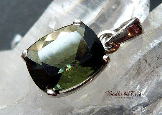Bodhitree-菩提樹 モルダバイト ペンダント-b 天然石 パワーストーン シルバー9257