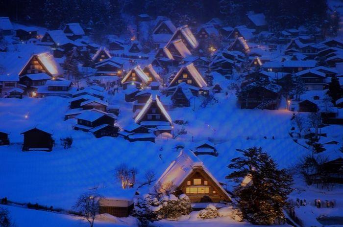 14-2-26-1雪の白川郷