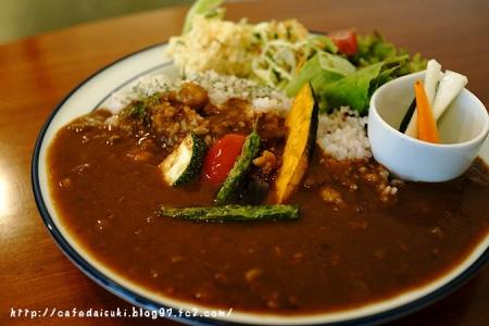 シルクツリーカフェ◇夏野菜と豆のからめカレー