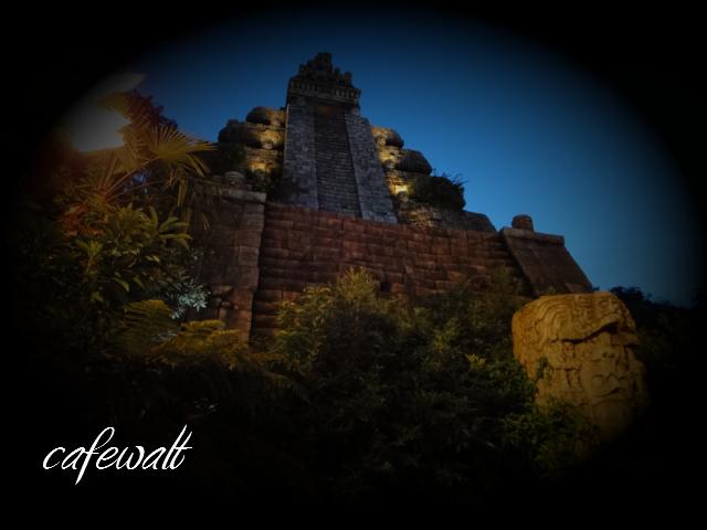 クリスタルスカルの魔宮 3
