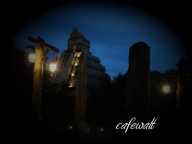 クリスタルスカルの魔宮 4