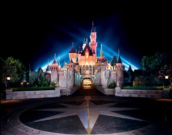 ディズニーランド 眠れる森の美女の城