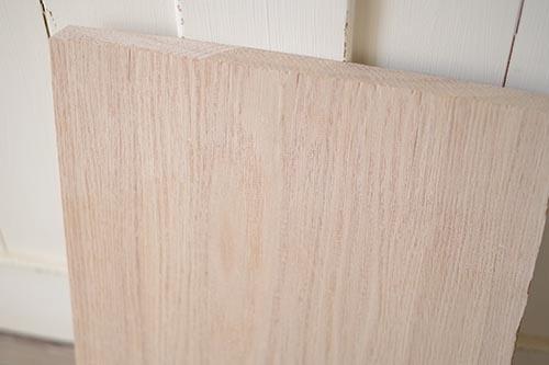 タモ材のまな板をつくる