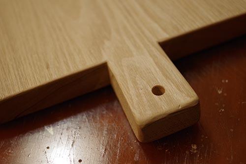 タモ材で手作りカッティングボード