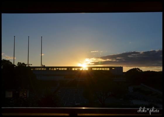 photo-530日暮れの駅1