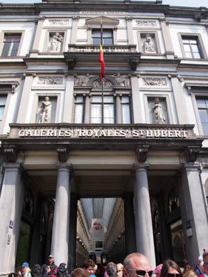 Brussels2014GalerieStHubert03
