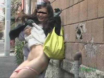 強襲撮 パンツ下げダッシュ!!4
