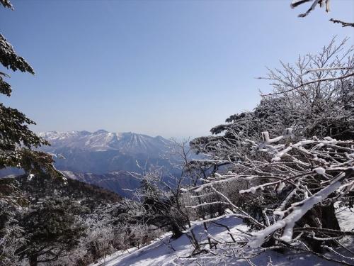 山頂直下から那須連山