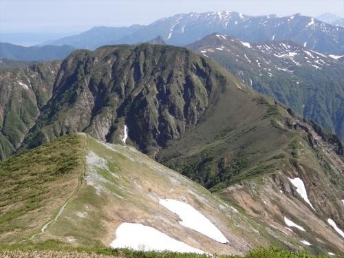 茂倉岳から武能岳への稜線
