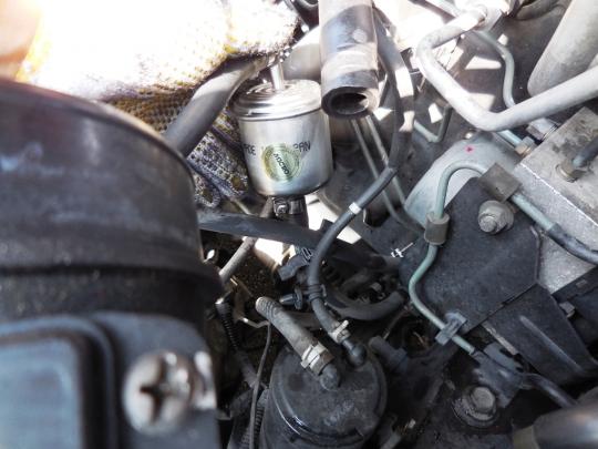 燃料フィルター交換 (17)