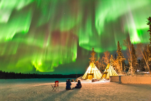 northern-lights-aurora-yellowknife.jpg