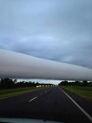 roll-cloud-in-florida.jpg