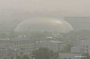 sandstorm-hits-beijing-27may2014.jpg