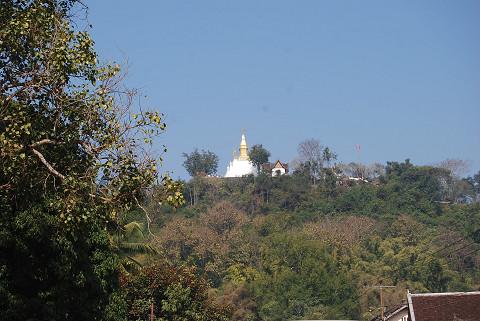 プーシヒルのお寺が