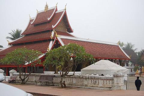 きれいなお寺が