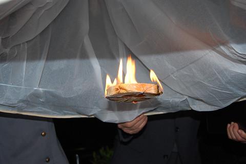 熱気球に火が