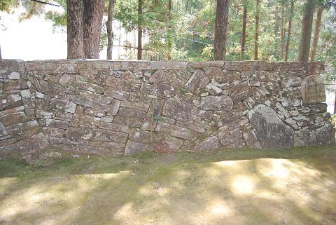 石組みが見事2