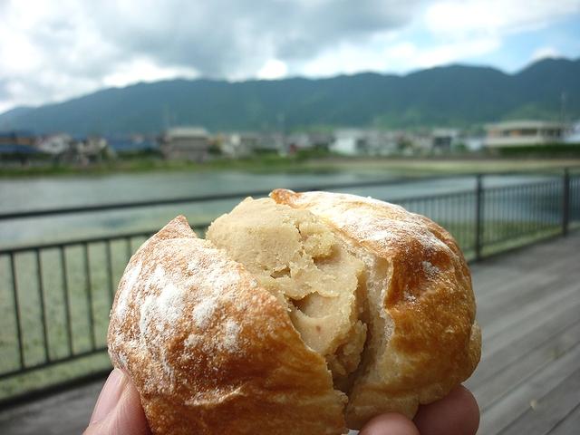 秋の新作菓子パン