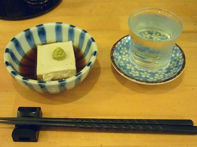 そば豆腐と日本酒