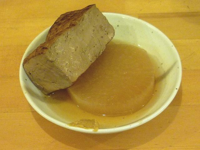 おでん(大根と焼き豆腐)