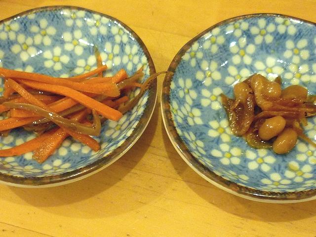 イカ人参と桜エビの煮豆
