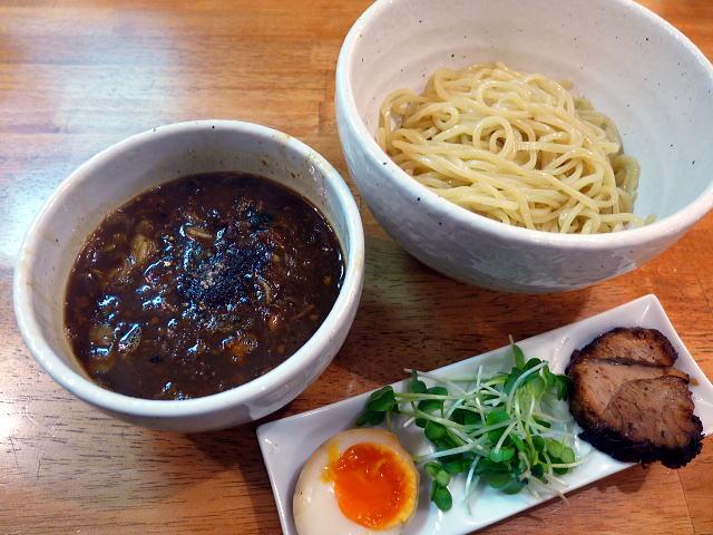 KüCHE@01つけ麺KURO 1