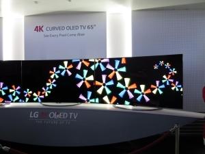 LG_4K_OLED_curved_TV_IFA2014_image.jpg