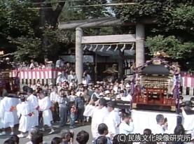 F074川越まつり氷川神社神輿御旅所he_300