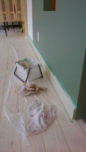 巾木の塗装