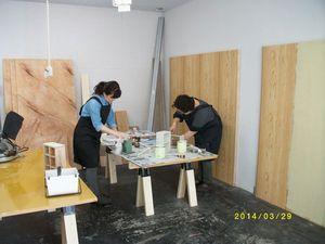 塗装作業中①