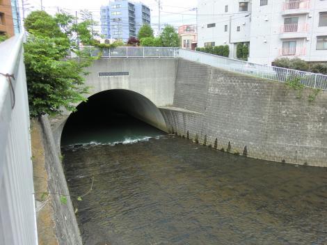 帷子川捷水路トンネル