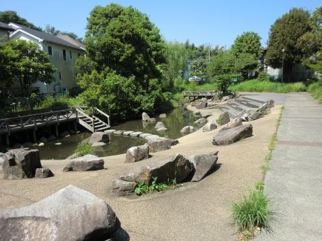田原橋公園・横浜市西区西川島町