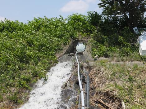 諏訪森下頭首工・余水排水放流口