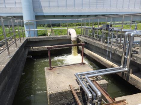 寒川浄水場・着水井