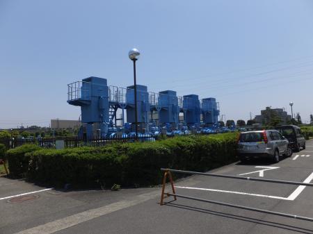 寒川浄水場・送水ポンプ