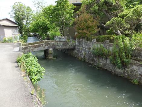 五ヶ村排水路・尊徳記念館前