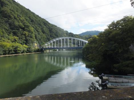 相模ダム・築井大橋より相模湖を望む