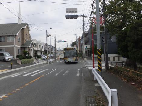 有馬系統横須賀水道みち・渡内信号